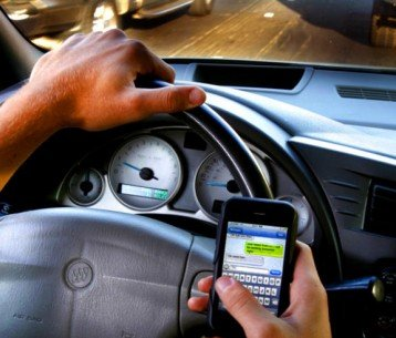 Texas Attempts to Pass Texting and Driving Ban, Promptly Struck Down